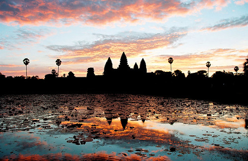 sky sun architecture sunrise landscape temple cambodia khmer buddhist buddhism angkorwat explore siem reap thom angkor moat hindu bayon quincunx tonlésap anawesomeshot flickraward earthasia អង្គរ