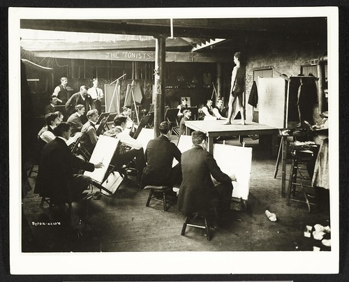Photograph of a men's art class at the Chase School of Art by Smithsonian Institution