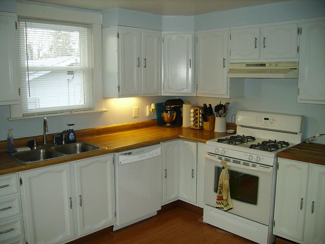 Kitchen Remodel 01