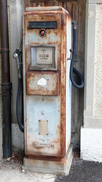 Petrol pump in Langendorf