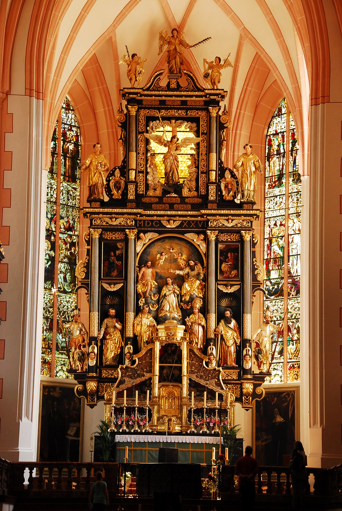 inside mondsee church