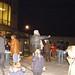 Los asistentes al magosto de Tecnópole desafían al frío con castañas, vino y chorizos. 14 de noviembre de 2008