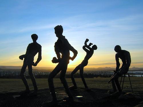 light silhouette sunrise iceland islandia statues reykjavik perlan reykjavík ísland islande goldstaraward 100commentgroup