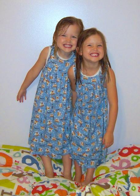 KS 3105 Nightgowns