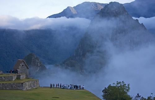 life morning camping mist history peru southamerica nature fog inca cuzco sunrise canon hiking citadel cusco inka andes machupicchu incatrail lostcityoftheincas mywinners abigfave aplusphoto champy1013 mattchamplin eos40d