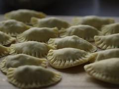 momo, pelmeni, food, dish, varenyky, dumpling, pierogi, jiaozi, cuisine,