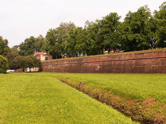 The walls of Lucca