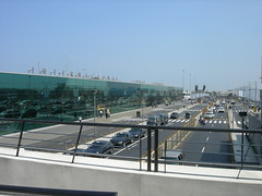 A view of the traffic in front of the Jorge Chavez International Airport from the elevated walkway to the airport hotel.