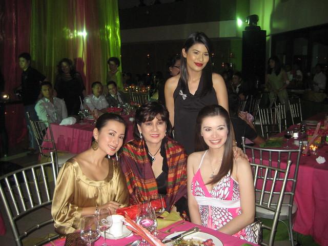 Rama together with Beth Tamayo, Assunta de Rossi and Sunshine Cruz