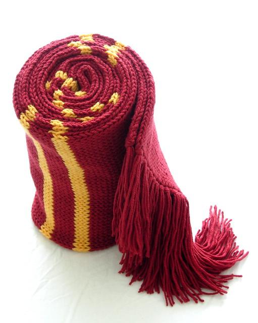 Hogwarts Scarf Crochet Pattern How To Make A Fringe On Knit Crochet