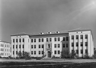 Hamilton Field, CA Squad Barracks 5 AUG 1936