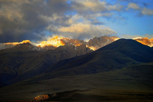nature tibet 2008 utsang tibetanlandscape storytellingphoto janreurink storytellingphotography བོད། བོད་ལྗོངས། བཀྲ་ཤིས་བདེ་ལེགས། དབུས་གཙང་། photostoryའདྲ་པརསྒྲུང་།drapardrung