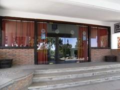 Entrada al Hotel NH La Perdiz