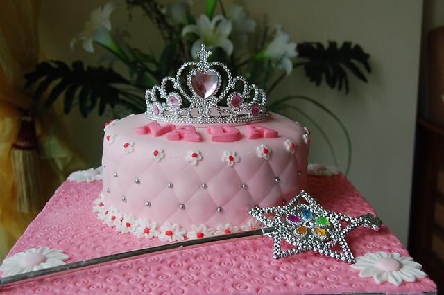 Princess Crown Cake Images : Princess Crown Cake Flickr - Photo Sharing!