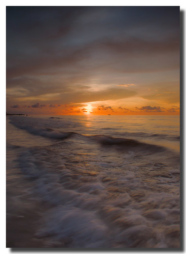 ocean sunset sky seascape evening soft waves pastel sony alpha a200 sabah gentle malaysianphotographer mywinners yourbestshot theperfectphotographer noracarol sabahanphotographer landscapephotographerfromsabah womanlandscapephotographer womaninphotography
