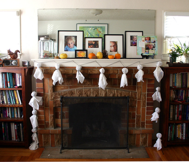 Ghost Garland: On the Mantle