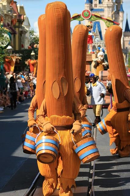 WDW 2008 Sept - Disney Dreams Come True Parade