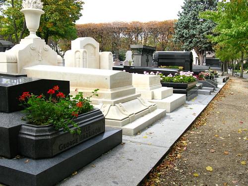 PARIS - Père Lachaise Cemetery