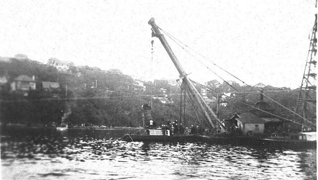 japanese submarines in sydney harbour - photo#17