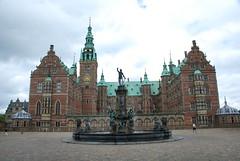 Fountain at Frederiksborg Slot