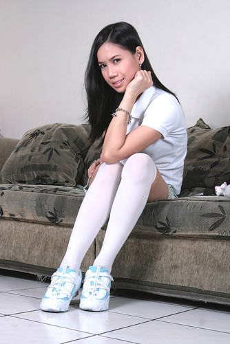 White Knee High Socks And Sneakers Flickr Photo Sharing