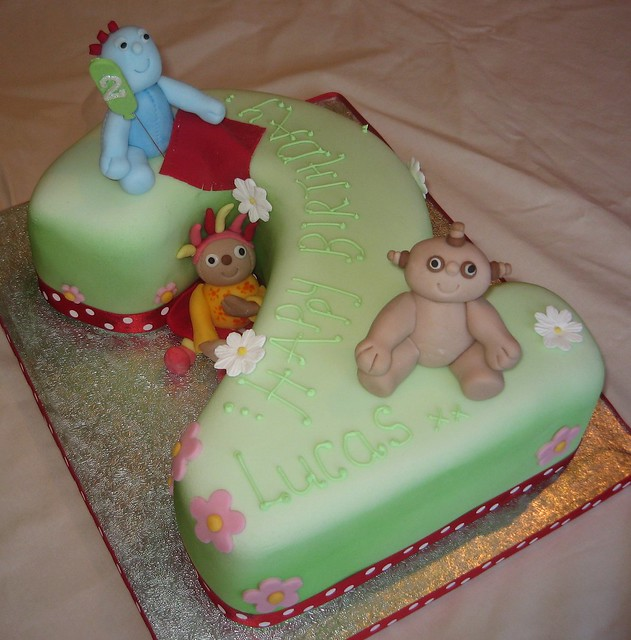 2 iggle piggle and in the night garden cake flickr for In the night garden cakes designs