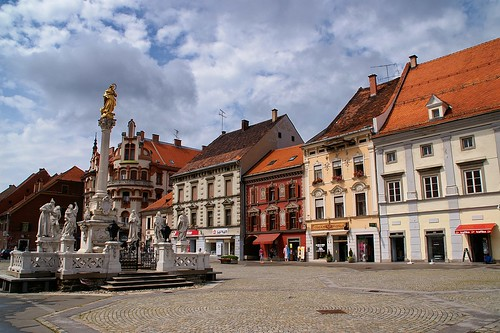 Maribor: Main Square (Glavni Trg) and  Plague Column