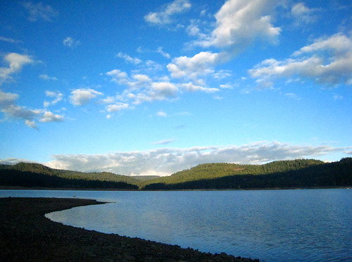 fall clouds forest bluesky norcal nevadacounty scottsflatlake cascadeshores lakecolor