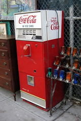 NYC - Billy's Antiques and Props - Coke machine
