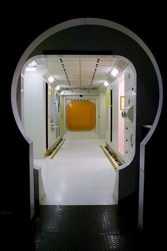 space shuttle living quarters - photo #20