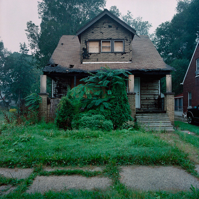 Abandoned house in detroit michigan flickr photo sharing for House builders in michigan