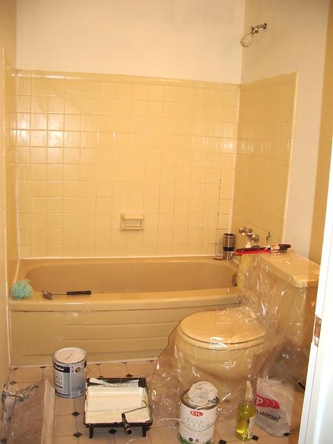 Ugly harvest gold bathroom flickr photo sharing for Bathroom pics
