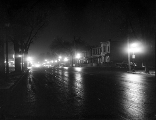 Street lights, Jefferson Avenue at night | Flickr - Photo ...