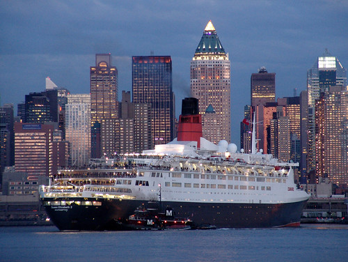 QE2 In New York