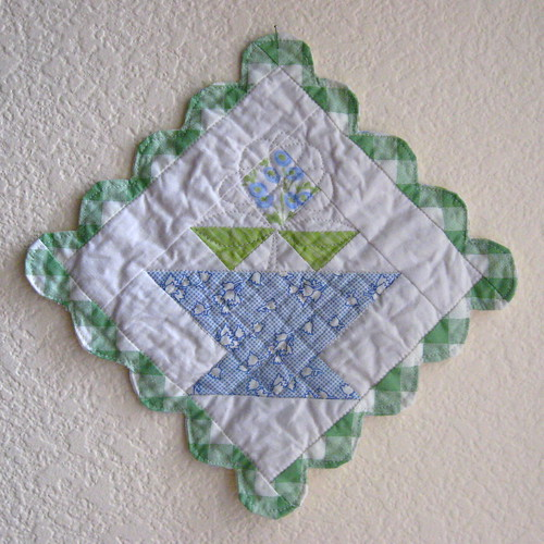 Flower Basket Mini Quilt