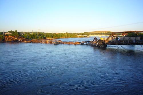 railroad bridge flood rapids cedar collapsed