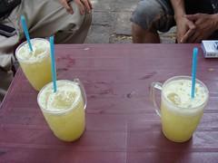 produce(0.0), food(0.0), mai tai(0.0), liqueur(1.0), lemonade(1.0), drink(1.0), cocktail(1.0), juice(1.0), alcoholic beverage(1.0),