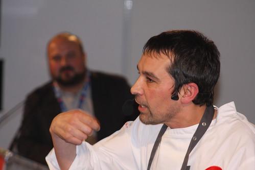 Javier Olleros presentado por Manuel Gago ( Fórum Gastronómico Coruña 2014)