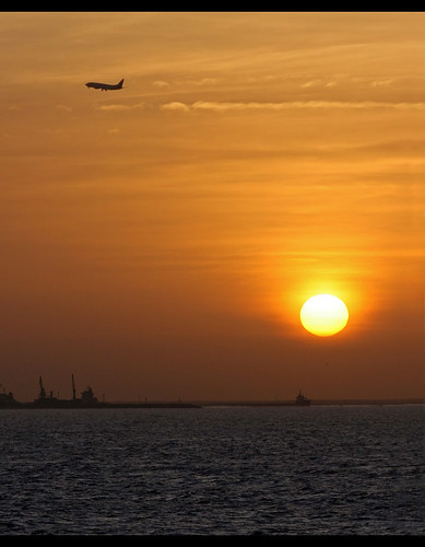 africa sea sunrise canon airplane mauritania nouakchott canoneos30d canonef80200mmf28l mywinners