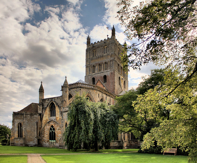 Tewkesbury Abbey HDR