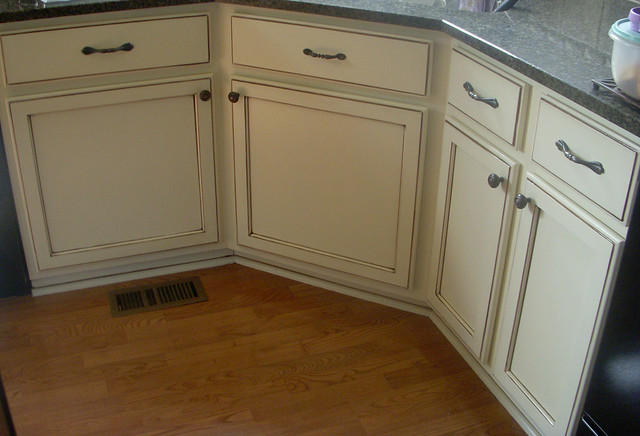 Cream glazed cabinets once maple cabinets with cream paint flickr photo sharing - Cream glazed kitchen cabinets pictures ...