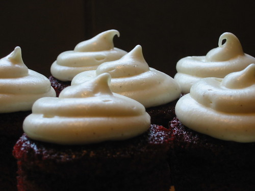 Red Velvet Cupcakes with Vanilla Bean Cream Cheese Frosting 016