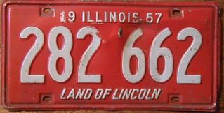 ILLINOIS 1957 LICENSE PLATE 282-662