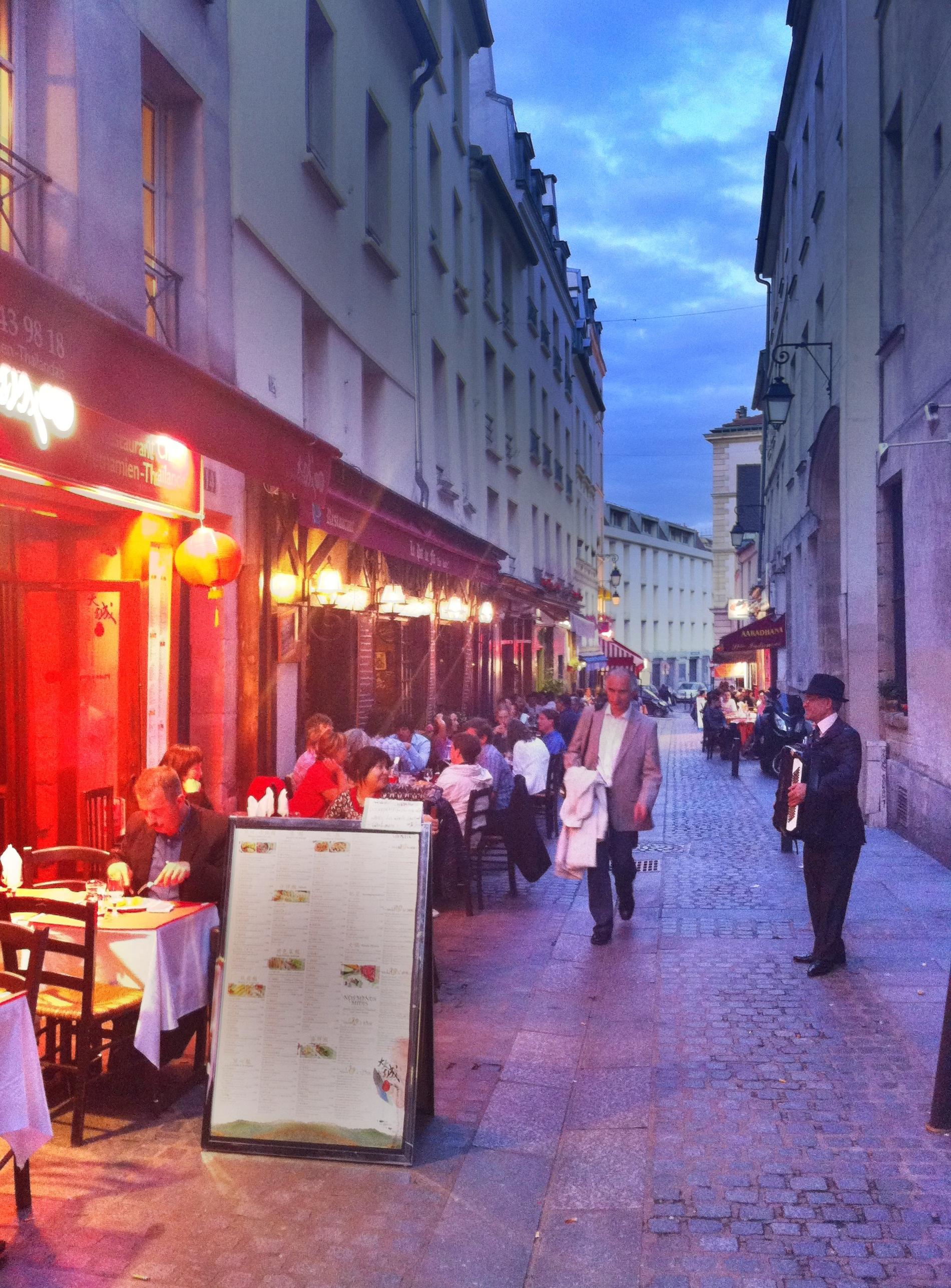 rue du pot de fer wandering around the quarter near flickr photo