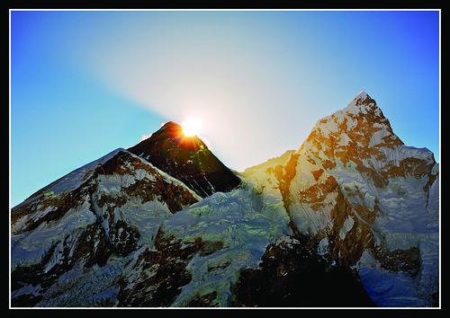 nepal sunrise trek canon 5d shep everest kala nuptse basecamp sagarmatha gorak chomolungma supershot 1740mmf4 patthar philipmilne feileacan gününeniyisi fightingblindess grianghrafadoireacht