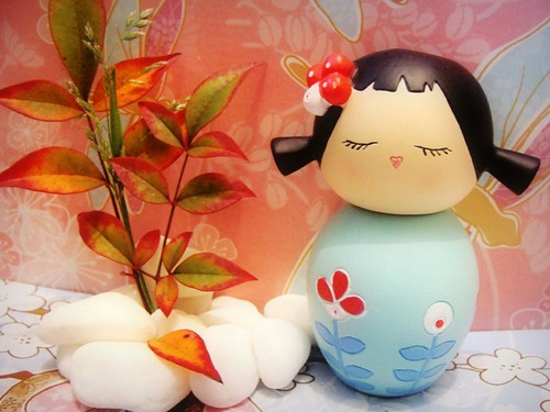 momiji doll - flowers