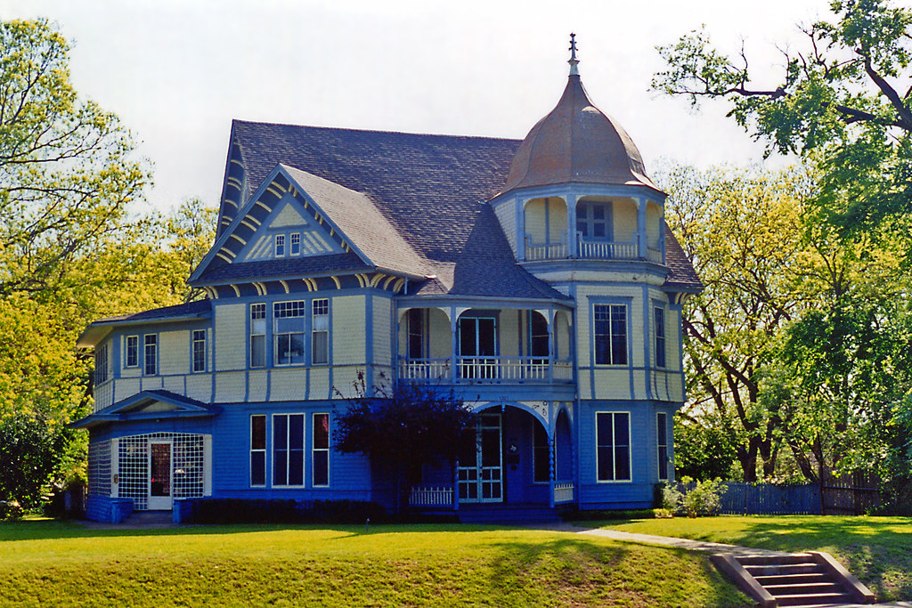 Victorian House Waxahachie Flickr Photo Sharing
