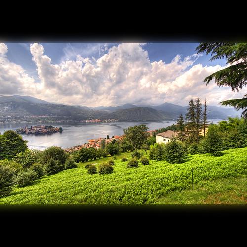 italy lake scenery view piedmont orta gadihext גדיהקסטר