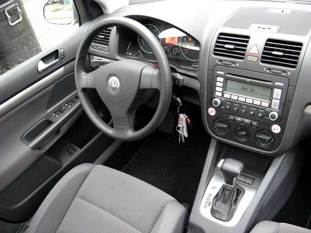 2007 Volkswagen Rabbit 1