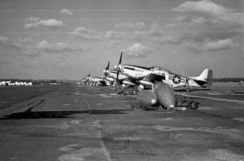 P51s parked 34 01